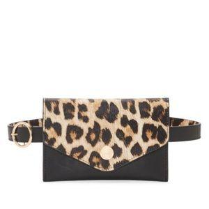 🆕 Vince Camuto Animal Print Belt Bag